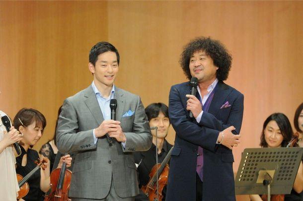「題名のない音楽会」で初共演する五嶋龍と葉加瀬太郎 (C)テレビ朝日