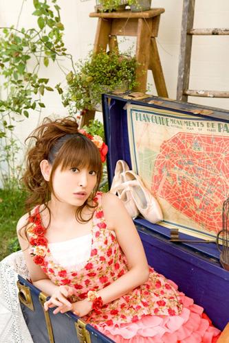 16枚目となるシングルでコラボなど新境地を開く田村ゆかり (c)ListenJapan