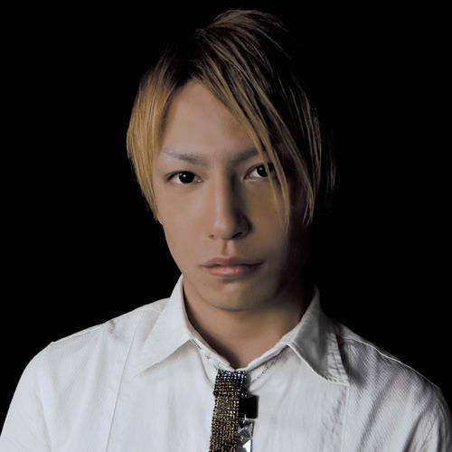 話題のニュースポット、ベルサーレ六本木でのカウントダウンパーティーに出演する中田ヤスタカ (c)Listen Japan