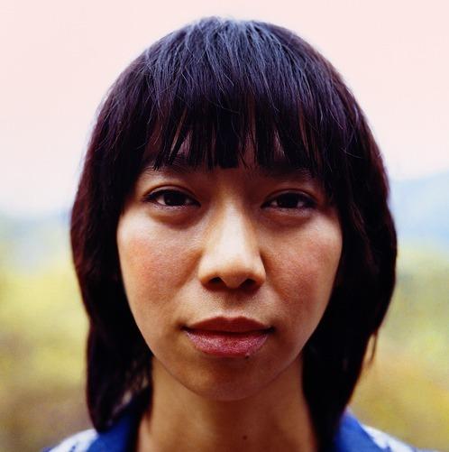 2010年6月で歌手活動満15年を迎えるUA (c)Listen Japan