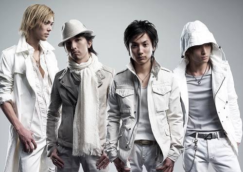 新曲「雪道」が着うたヒット中の+Plus (c)Listen Japan