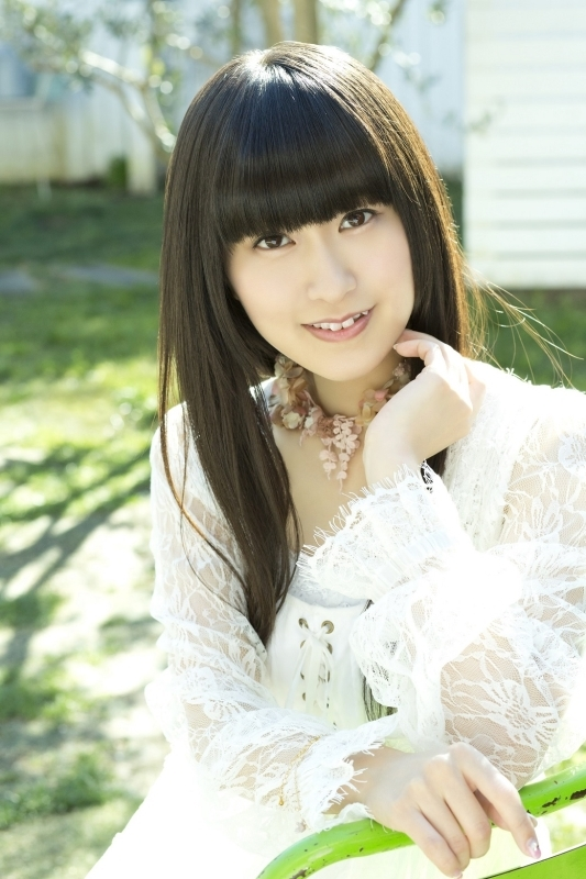 2016年初夏にアーティストデビューすることが決定した声優・村川梨衣