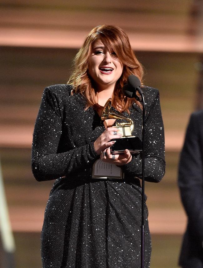 第58回グラミー賞 年間最優秀楽曲賞を受賞したメーガン・トレイナー (Photo:Getty Images)