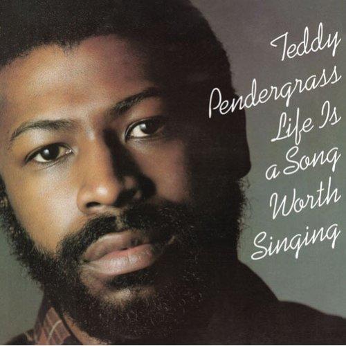 テディ・ペンダーグラスの代表作「人生は歌」 (c)Listen Japan