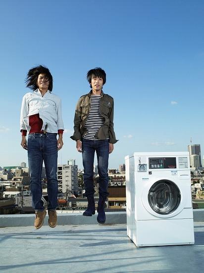 2010年全国ツアー開催を発表した、くるり (c)Listen Japan