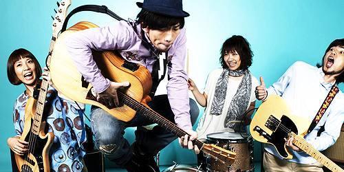C.W.ニコル公認バンド D.W.ニコルズ (c)Listen Japan