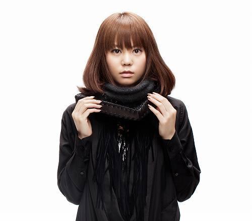 菅原紗由理1st Album『First Story』初回盤豪華DVDつきでリリース (c)Listen Japan