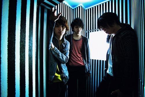 UNISON SQUARE GARDENが2010年全国ツアー開催を発表 (c)Listen Japan