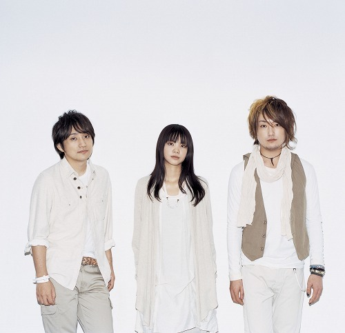 若者を中心にその親世代までにも人気の高い、いきものがかり (c)Listen Japan