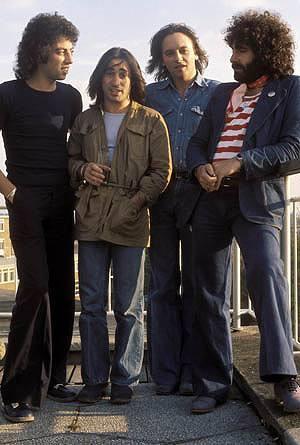 70年代に名曲「アイム・ノット・イン・ラブ」を10ccが『GREENROOM FESTIVAL'10』で来日 (c)Listen Japan