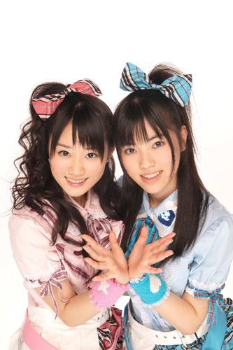TVアニメ「kiss×sis」EDテーマでメジャーデビューを飾る小倉唯(左)と石原夏織(右)によるユニット、ゆいかおり (c)ListenJapan