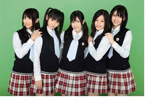 AKB48からのスピンアウトユニット、渡り廊下走り隊 (c)Listen Japan