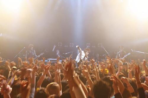 あらゆる意味でプレミアムなライブとなった、SOPHIA15周年記念スペシャルライブの模様 (c)ListenJapan