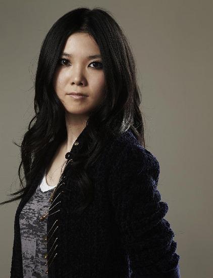 メジャーデビューの舞花、19歳にして存在感溢れるその歌声に注目 (c)Listen Japan