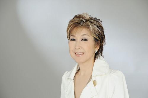男歌50年史を歌う高橋真梨子 (c)Listen Japan