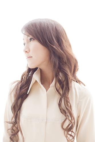 1stアルバム『冬花火』をリリースする氷青(ひょうせい) (c)ListenJapan