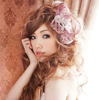 福岡県出身のシンガーソングライター、CHIHIRO (c)Listen Japan