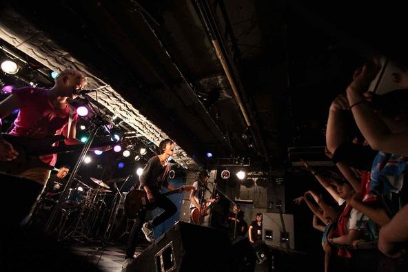3月14日@「愛媛だョ!全員集合!」(新宿LOFT)  photo by オオタ シンイチロウ (okmusic UP\'s)