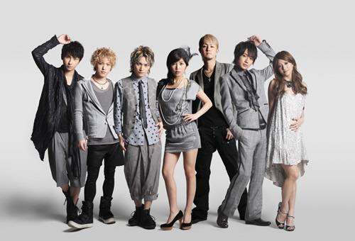 ラジオ番組で紹介された着うたを無料配信するAAA (c)Listen Japan