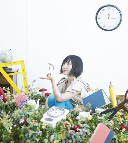 デビュー15周年記念の初の武道館公演も大成功に終わった坂本真綾 (c)ListenJapan