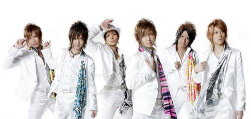 最新曲「シャンパンダ!!」をリリースしたCLUB PRINCE (c)Listen Japan