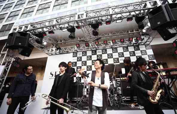 THE MANが3月16日(日)に渋谷のハチ公前広場にてフリーライブを敢行 (okmusic UP\'s)