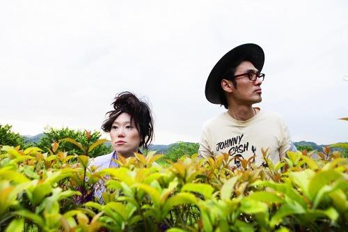 BRAHMANとのコラボ・シングルを発売するEGO-WRAPPIN' (c)Listen Japan