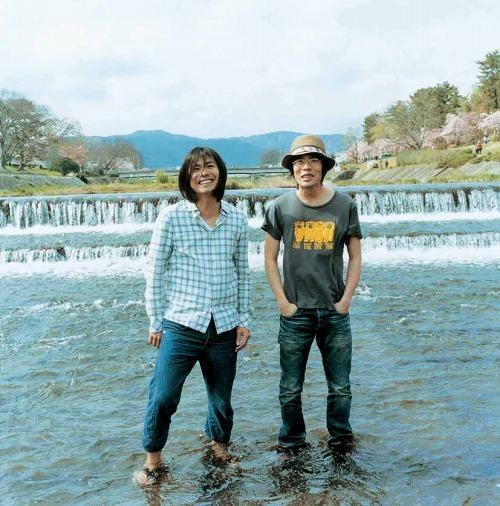 くるり、シングル22枚分のカップリング曲を集めたベスト盤を発売 (c)Listen Japan