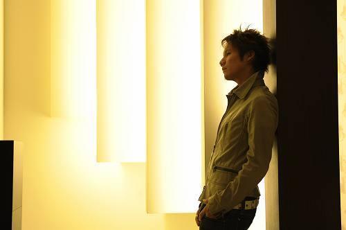 NATURAL8のリーダー、SHIKATAが配信限定シングルを発表 (c)Listen Japan