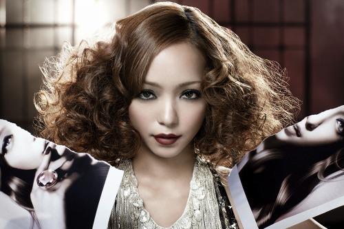 2010年第一弾シングルをリリースする安室奈美恵 (c)Listen Japan