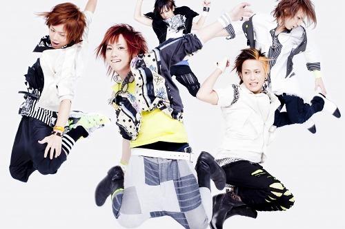人気急上昇中の5ピース・ロックバンド、THE KIDDIE (c)Listen Japan