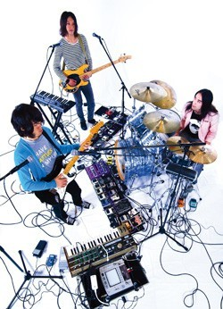 『MONSTER baSH 2010』、avengers in sci-fiら第3弾出演者発表 (c)Listen Japan