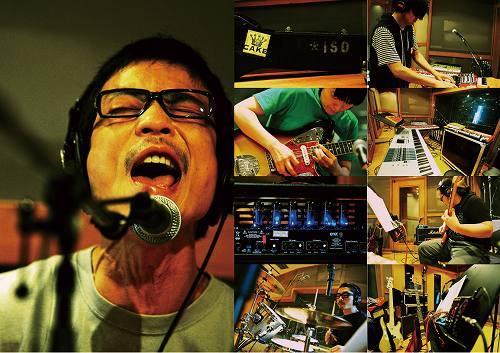 ソロ活動を開始したHUSKING BEEのフロントマン磯部正文 pic by 藤井拓 (c)Listen Japan