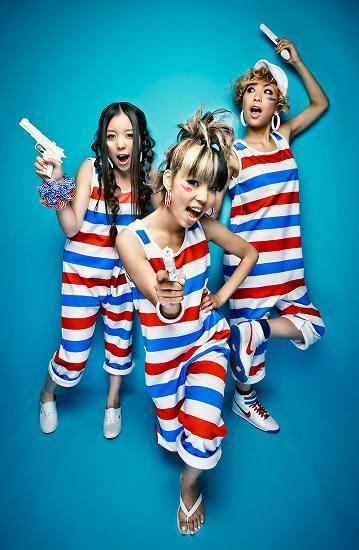 本日新曲「キラキラ」のPV&メイキングを出演番組で初披露するDOMINO (c)Listen Japan