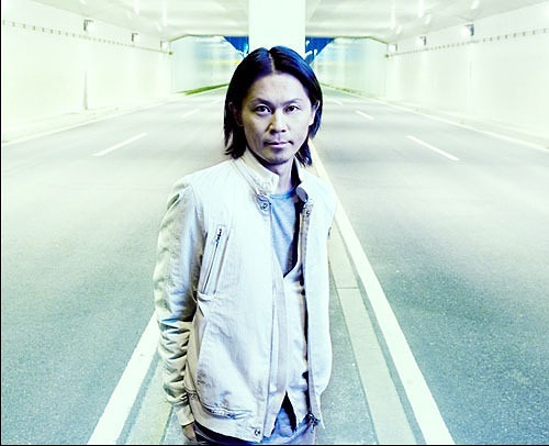 ワールドワイドに活躍するカリスマDJ、KEN ISHII (c)Listen Japan