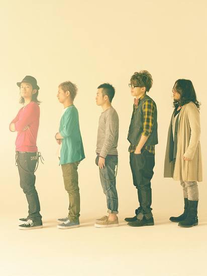 両A面シングル「言葉をきいて / ビューティフル サン」をリリースするROCK'A'TRENCH (c)Listen Japan