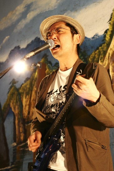 『お寺座LIVE vol.5』、向井秀徳アコースティック&エレクトリックほか出演者決定 (c)Listen Japan