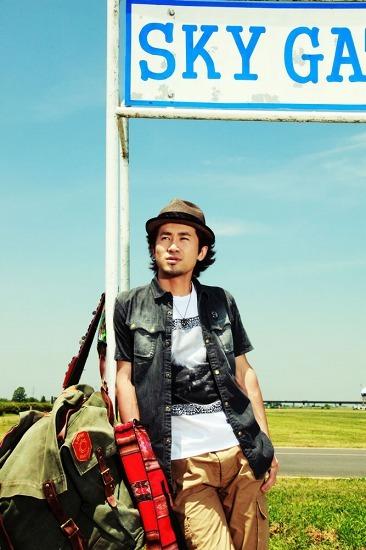 2010年ブレイク・アーティストの一人、ナオト・インティライミ (c)Listen Japan