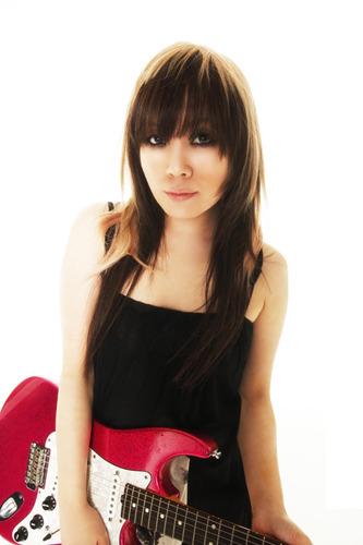 東京・大阪両公演への出演、更にテーマソングも手掛ける奥井雅美 (c)ListenJapan