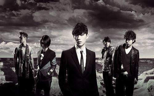 名古屋出身のバンドSPYAIR (c)Listen Japan