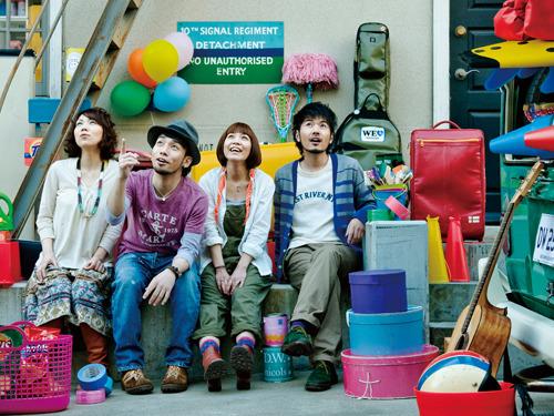 着実にブレイクの兆しをみせている4人組バンドD.W.ニコルズ (c)Listen Japan