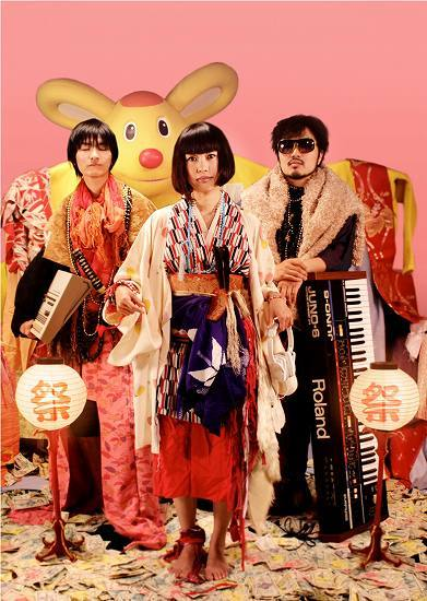 奈良発のテクノポップ・バンド√thumm(ルートサム) (c)Listen Japan