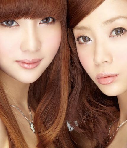 バンコク育ちの美少女双子ユニット・Neko Jump(ネコジャンプ) (c)ListenJapan