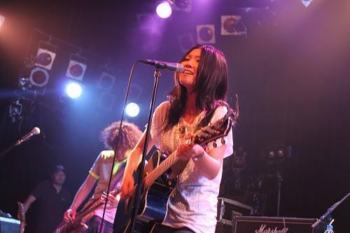 ツアーファイナルで新曲を披露した舞花 (c)Listen Japan