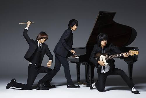 前編・後編と異例の2ヶ月連続アルバムが控えているWEAVER (c)Listen Japan