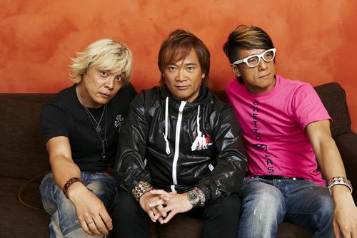 『anim.o.v.e 02』に参加した遠藤正明(左)、影山ヒロノブ(中央)とm.o.v.eのmotsu(右) (c)ListenJapan