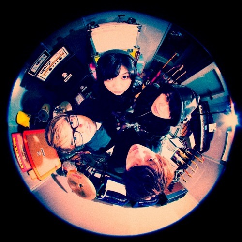 初のコンセプトアルバムを発売するBase Ball Bear (c)Listen Japan