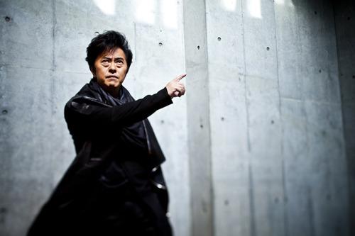 言わずと知れたアニメソング界の帝王、水木一郎がタワレコ新宿店に登場! (c)ListenJapan