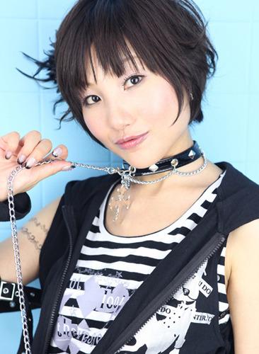3rdシングルのリリースが決定した長谷川明子 (c)ListenJapan