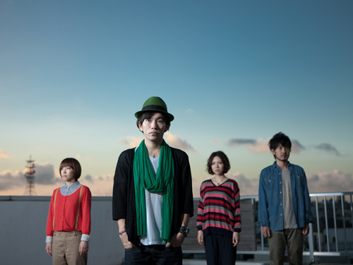 1週間限定で新曲のPV先行フル視聴をスタートしたD.W.ニコルズ (c)Listen Japan